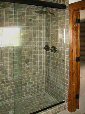 Bikini Shower with Pull Knobs
