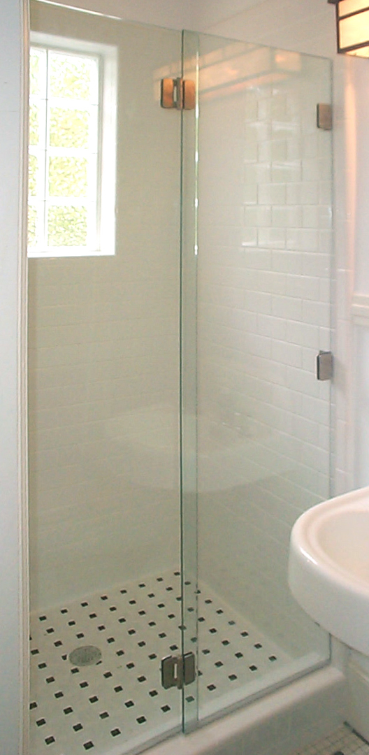 Frameless Bifold Closed