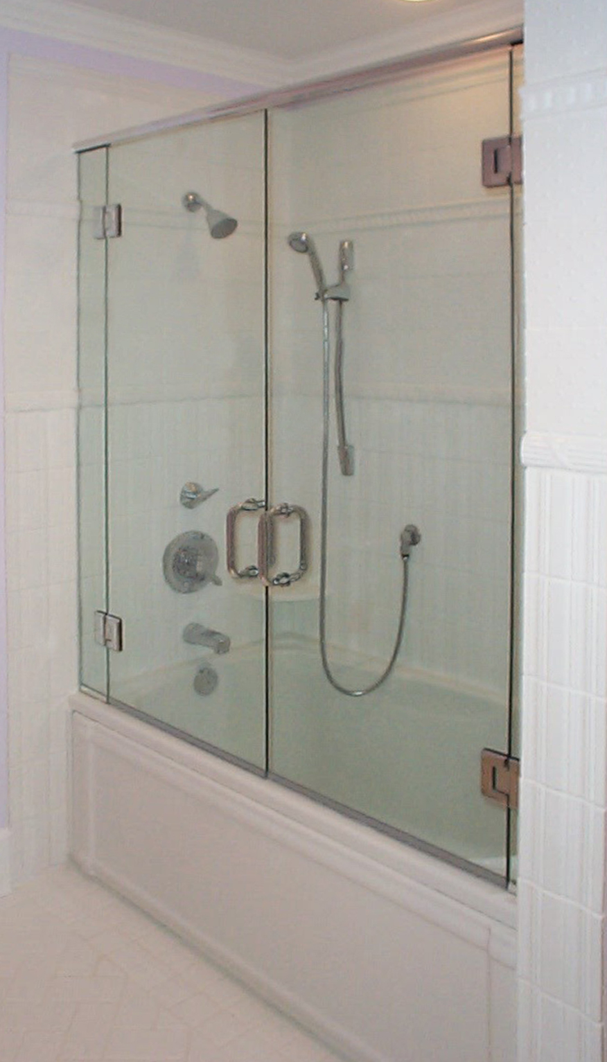 Frameless Header Tub  Dual Doors